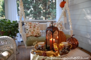 fall-tablescape-with-hot-chocolate-on-a-fall-porch-7